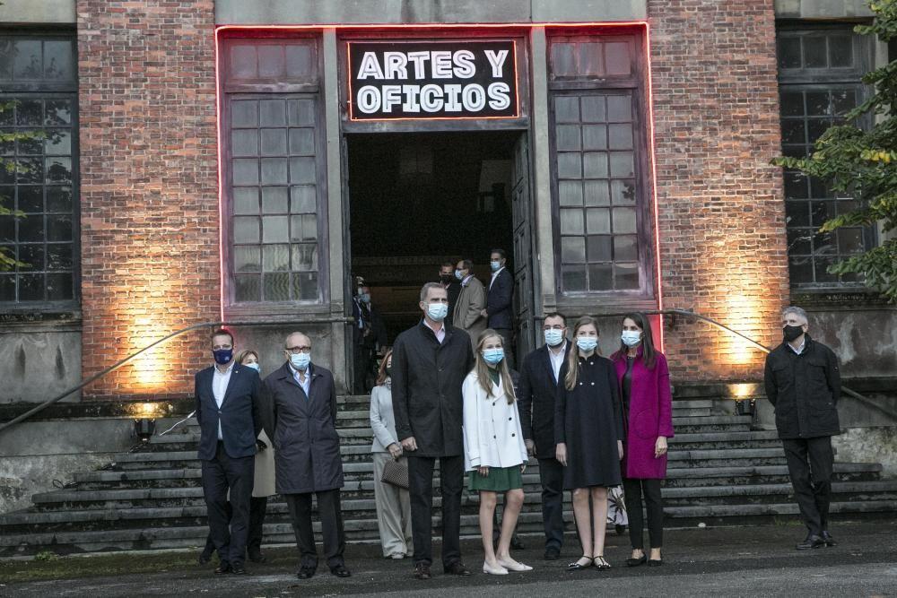 Visita de la Familia Real a la Fábrica de La Vega