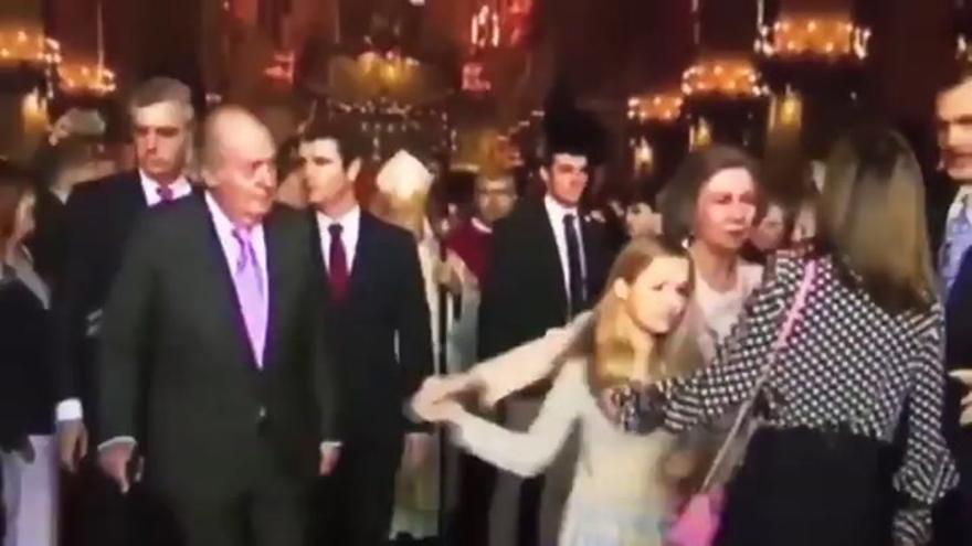 Discusión entre las reinas Letizia y Sofía por una foto