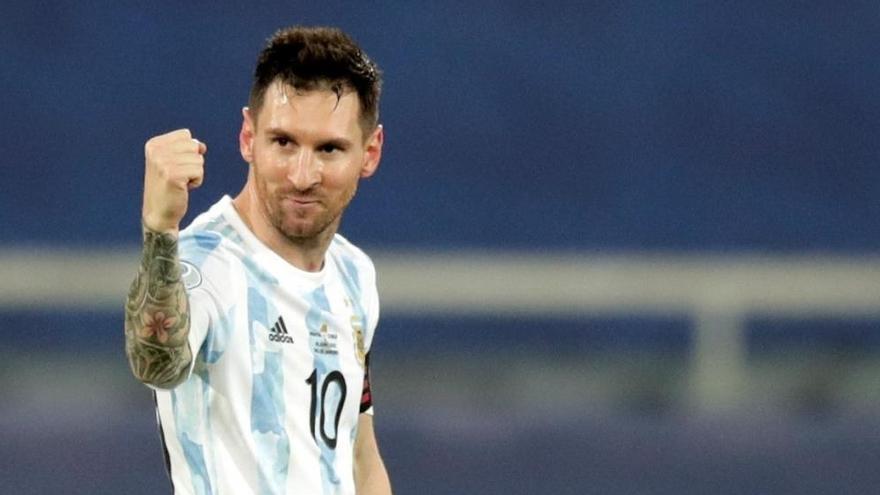 El reproche de Messi a Yerry Mina tras fallar su penalti