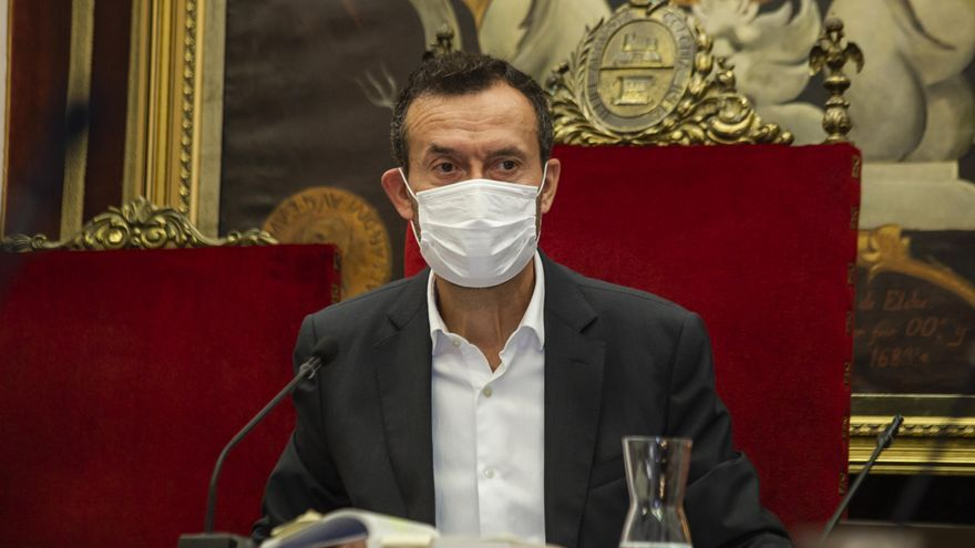"""El alcalde de Elche, ante el toque de queda: """"Vivimos un momento excepcional, hay que hacer un esfuerzo colectivo"""""""
