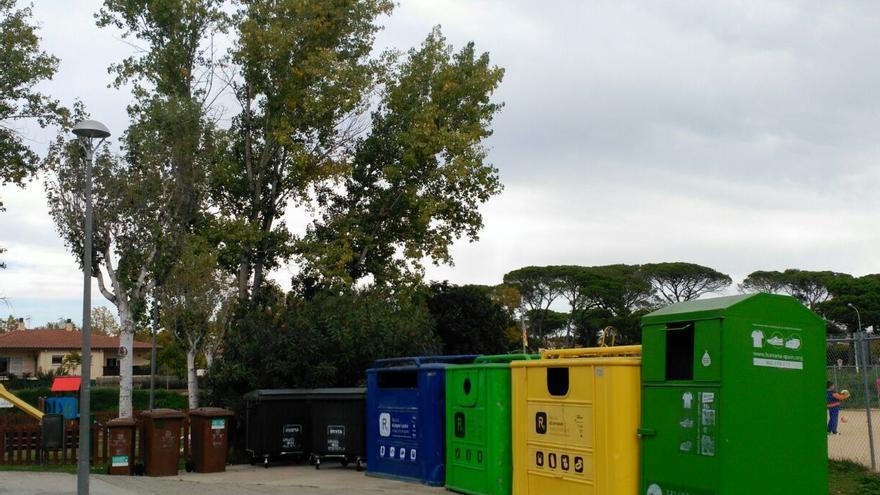 Caldes de Malavella recupera 37.000 peces de roba en el primer semestre amb la recollida selectiva