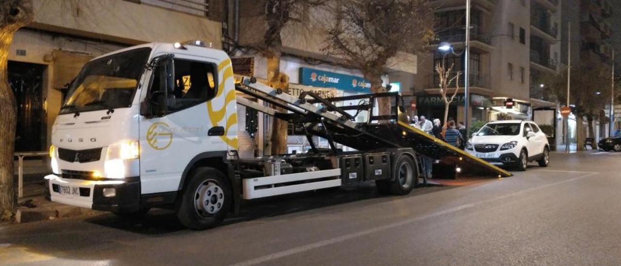 La grúa municipal de Sant Joan se recupera hoy.