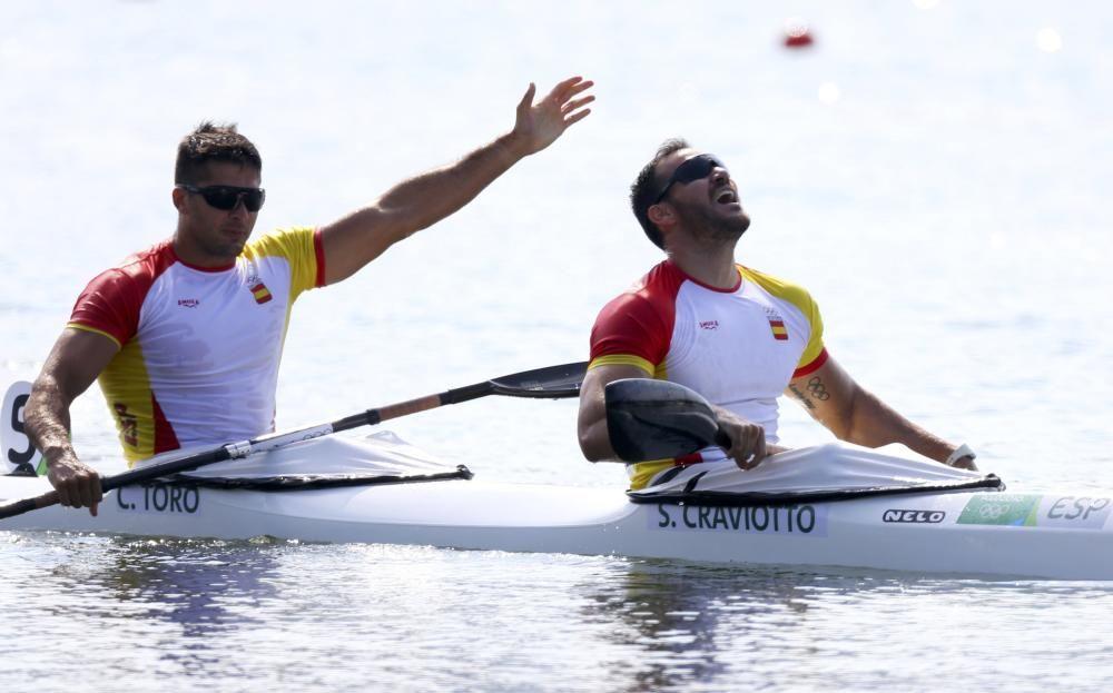 El gallego Toro y Craviotto celebran su oro // REUTERS