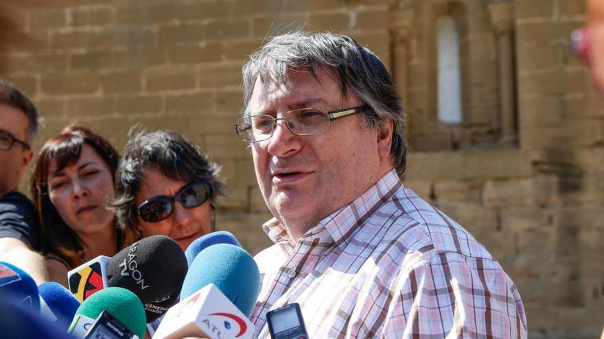 """Sijena acusa a Podemos de claudicar ante las """"añagazas"""" de Cataluña"""