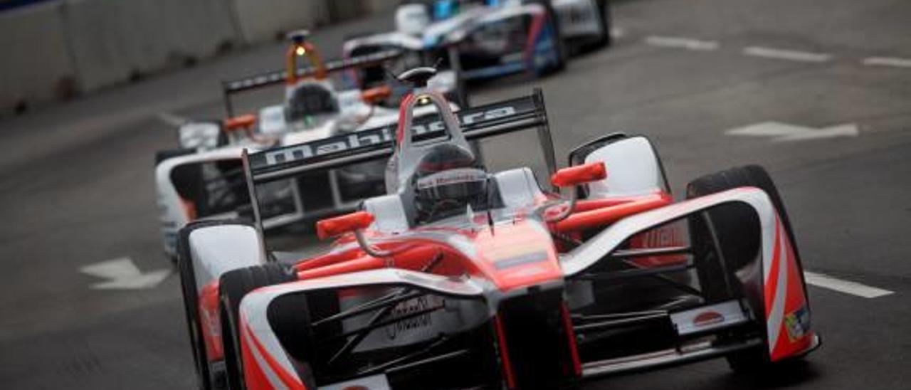 Los problemas técnicos alejan a los pilotos de Campos Racing del podio en Argentina