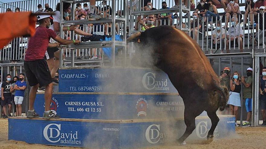 Más toros y tributo a Mecano