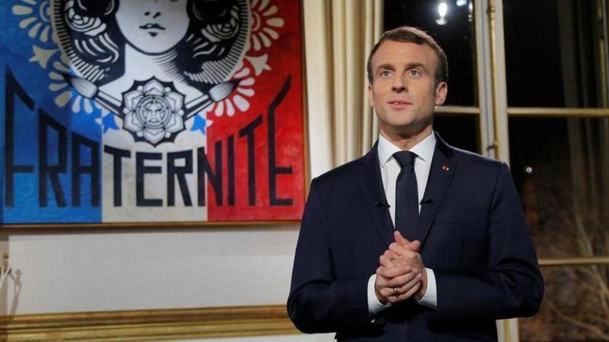 """Macron no cambiará el rumbo de sus políticas pese a la """"ira"""" de los franceses"""