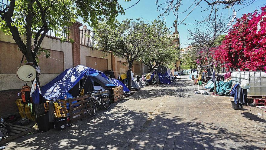 Los últimos días del asentamiento de la calle Beato Gaspar Bono