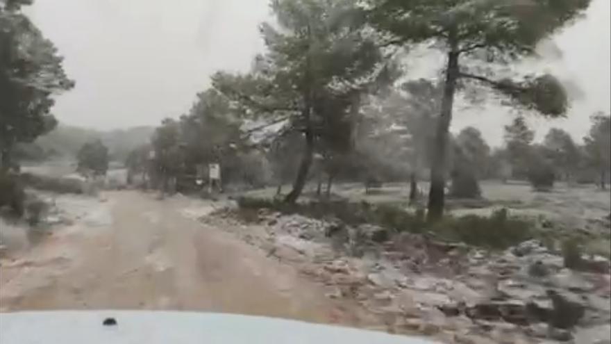 El temporal de frío deja nieve y fuertes lluvias en Valencia