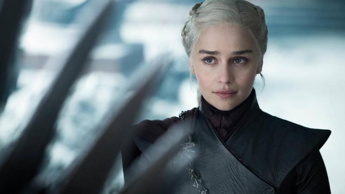 Emilia Clarke como Daenerys en 'Juego de tronos'.