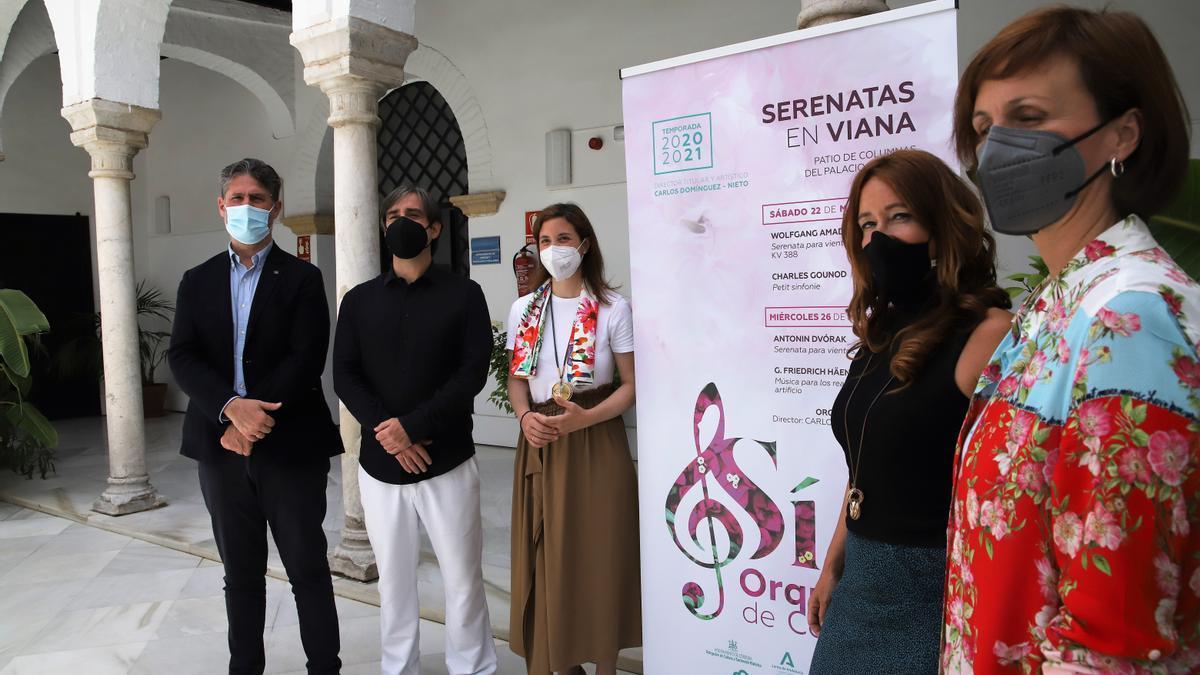 Ángel Cañadillas, Carlos Domínguez-Nieto, Cristina Casanueva, Marián Aguilar y Estefanía Montes.