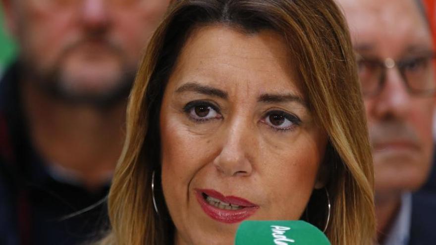 Susana Díaz rebutja dimitir i respon a Ábalos: «Es regenera el que està degenerat»
