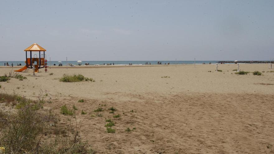 La playa valenciana que Jesús Calleja quiere ver limpia