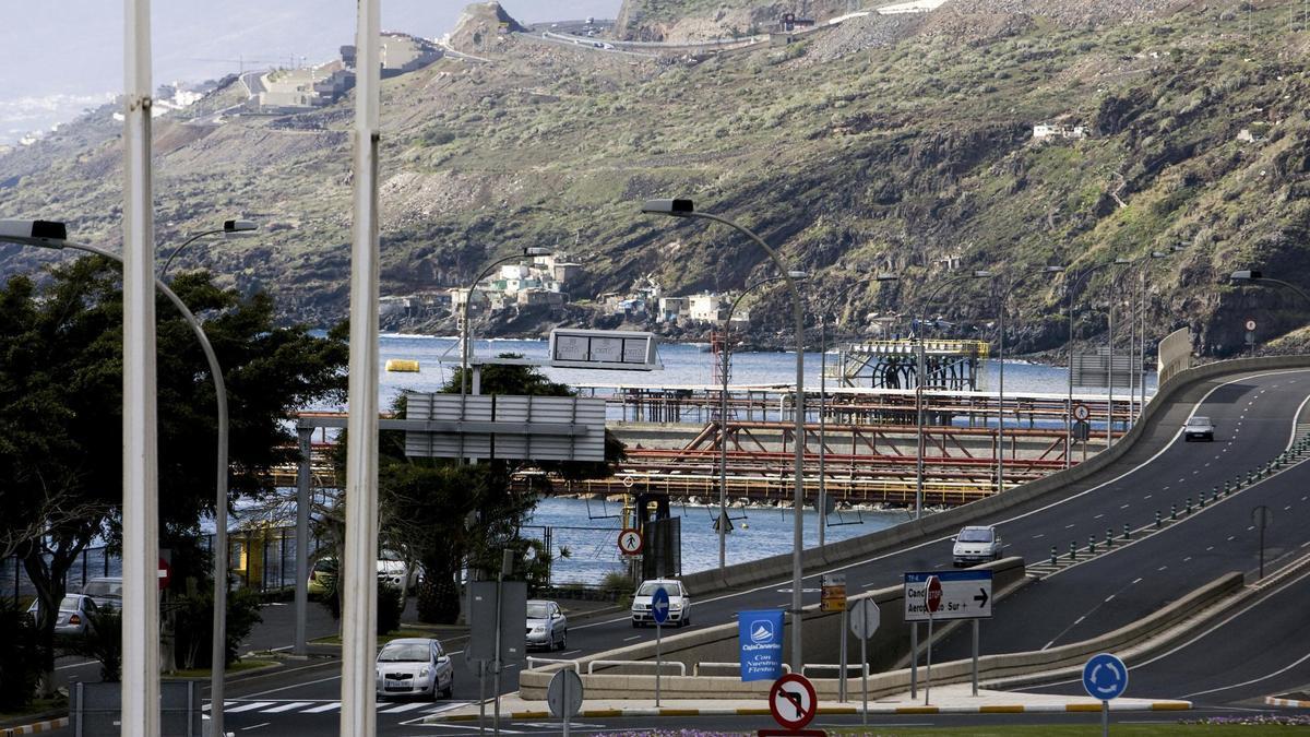 Muelle de La Hondura, donde se construirá una nueva zona de baño para Santa Cruz de Tenerife