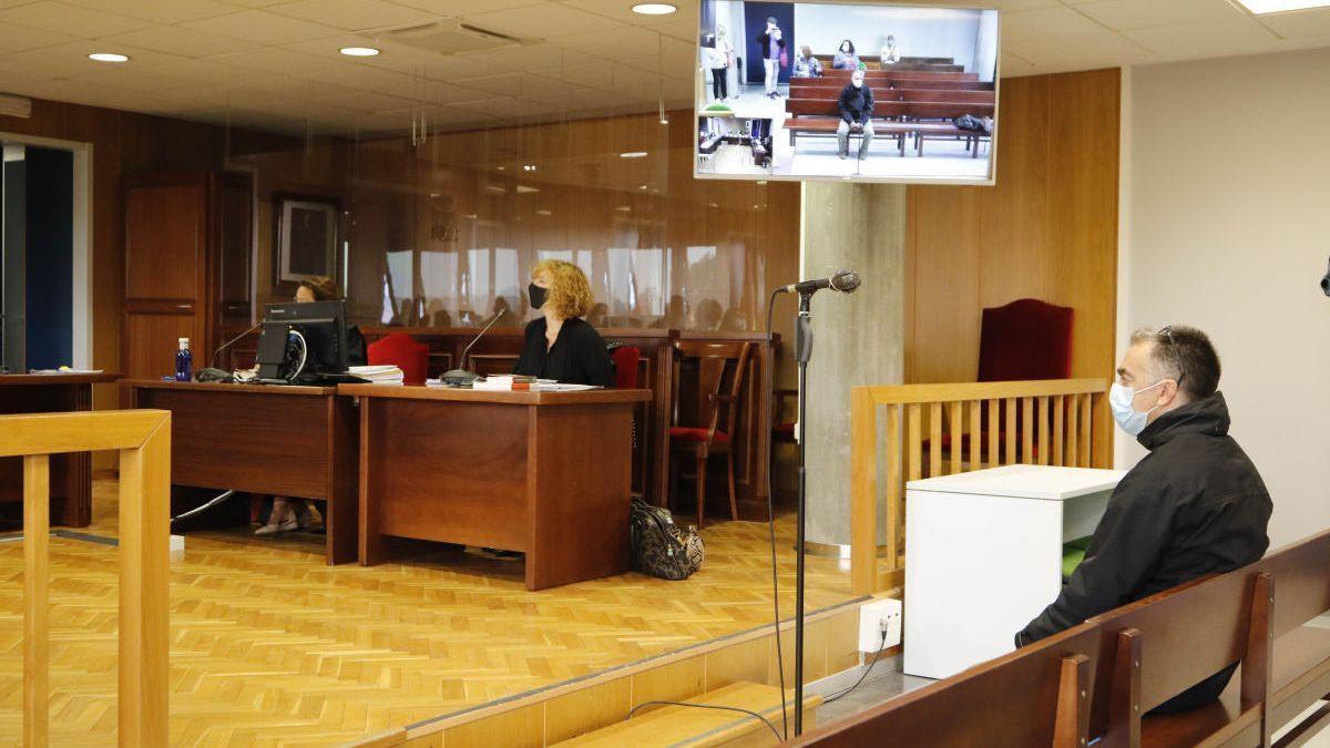 El acusado, en el juicio celebrado esta semana en la Audiencia de Vigo.