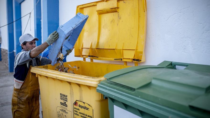 Los pescadores valencianos recogieron 76.000 kilos de basura marina en 2019