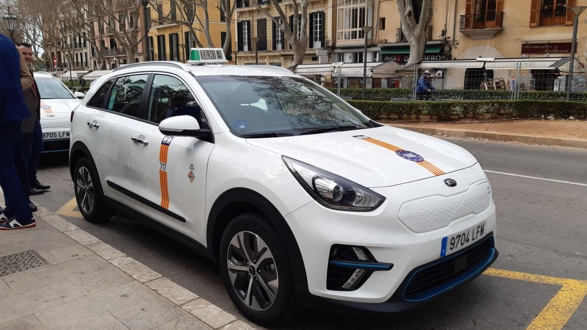 Uno de los taxis eléctricos de la ciudad.