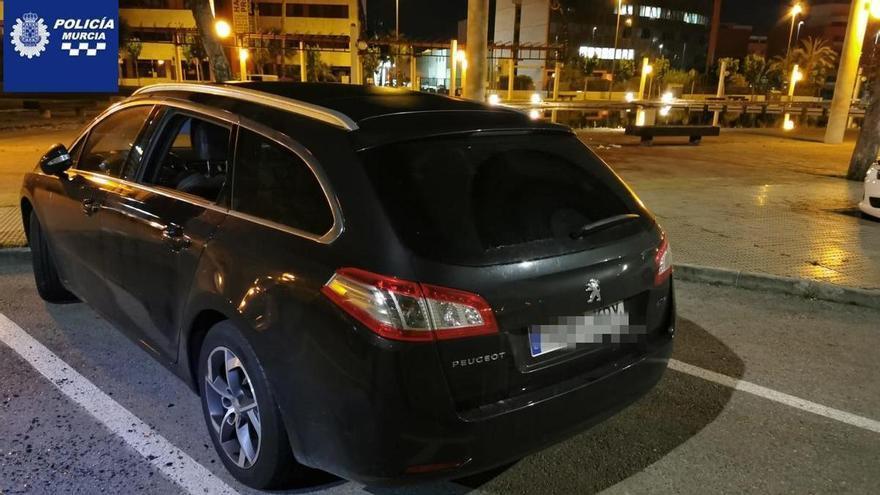 Dos detenidos por robar en 6 coches de Atalayas y Vistabella esta noche