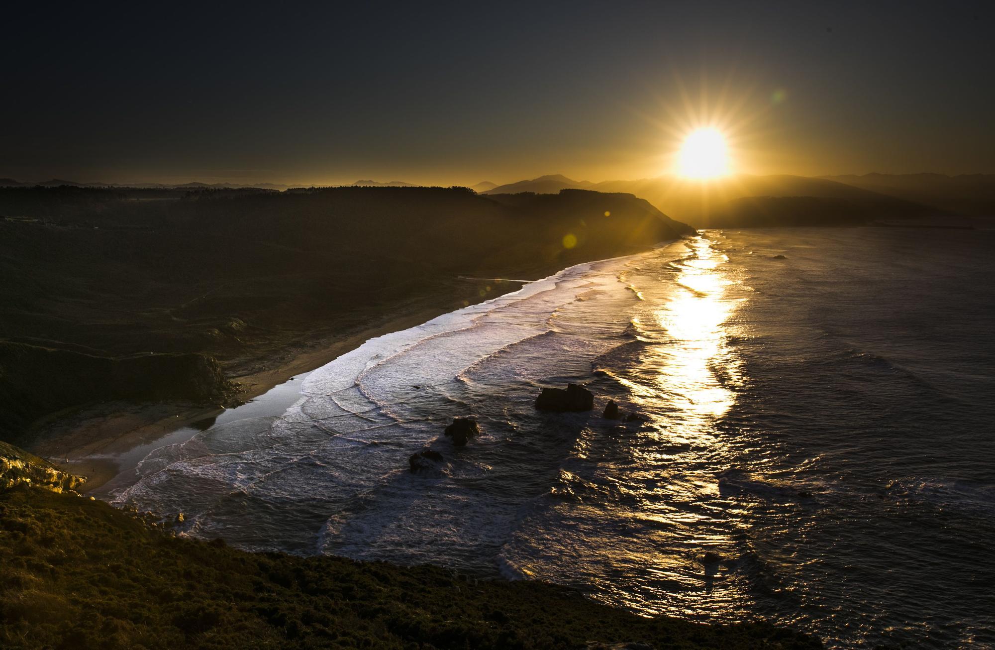 Las 50 fotos más espectaculares de los atardeceres en Asturias