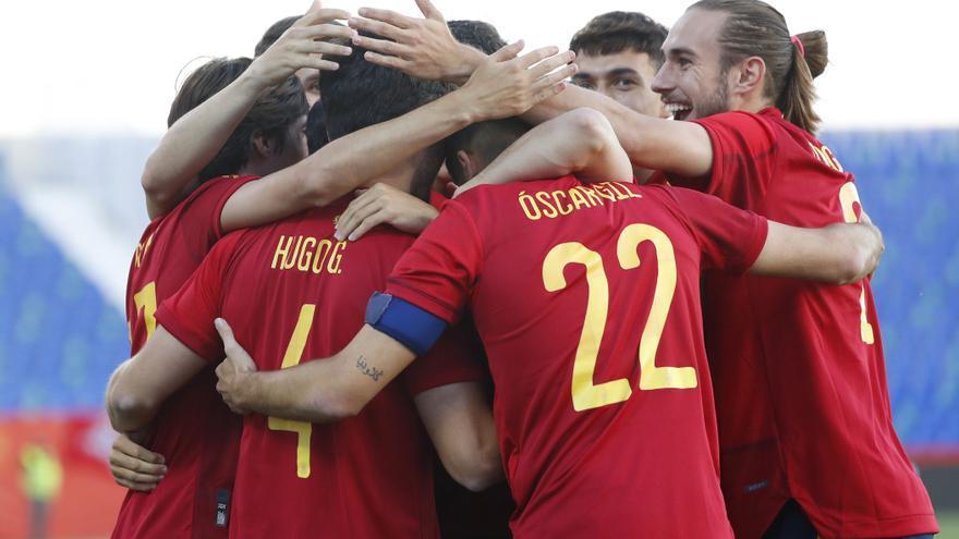 Los jugadores de la selección española sub'21 golean a Lituania antes de la Eurocopa