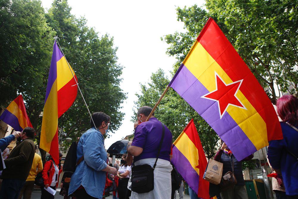 Un centenar de cordobeses reclaman una consulta popular para elegir entre Monarquía y República