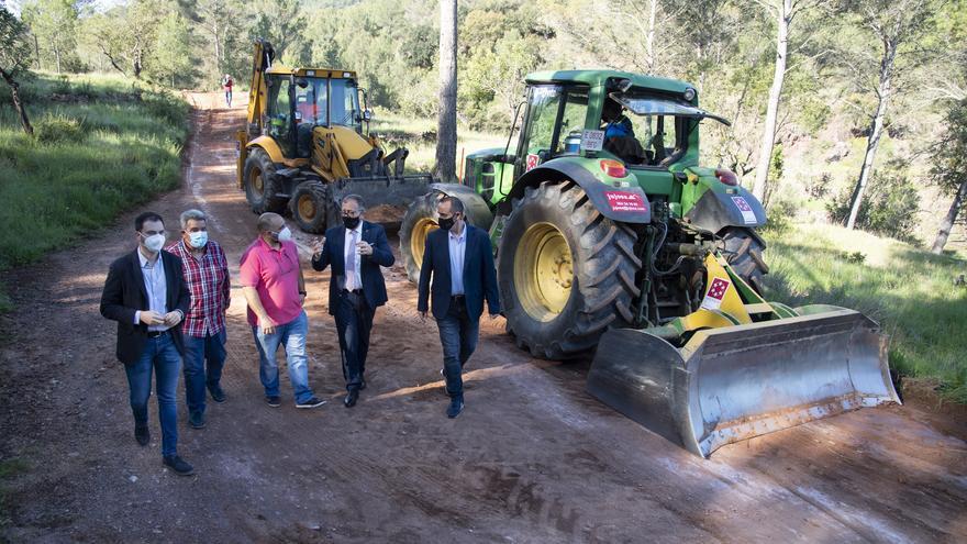 Diputación invierte 916.000 € en el mantenimiento de caminos de los pueblos menos habitados