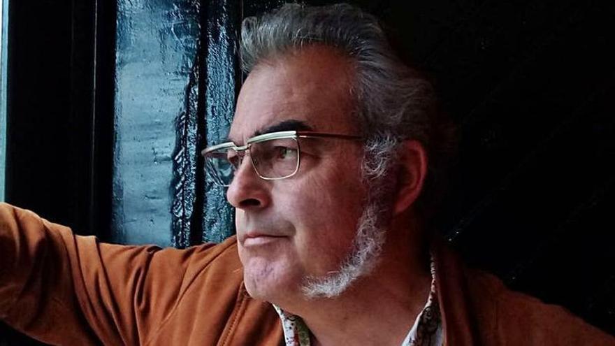 """Alfonso Lantero, exbatería de """"Ilegales"""", inicia carrera en solitario"""