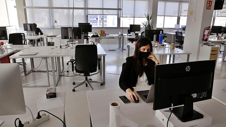 El triomf del model híbrid post-COVID: les experiències de la tornada a l'oficina