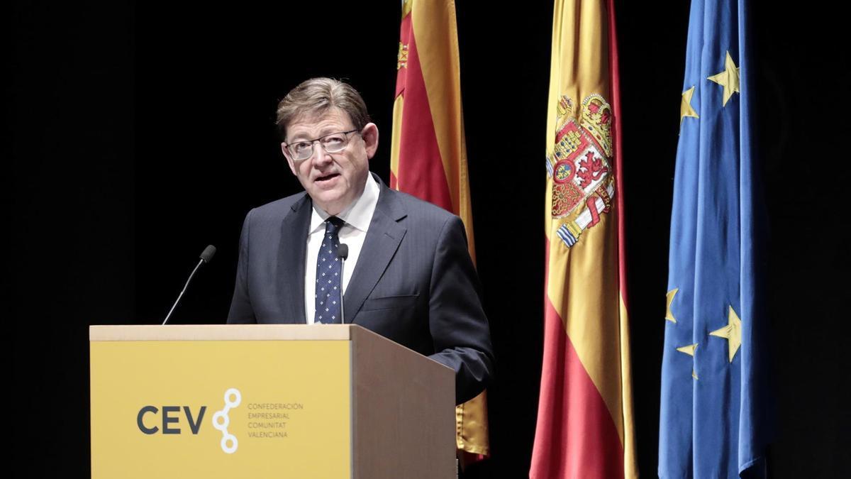 Ximo Puig, durante su intervención en la clausura de la asamblea general de la CEV