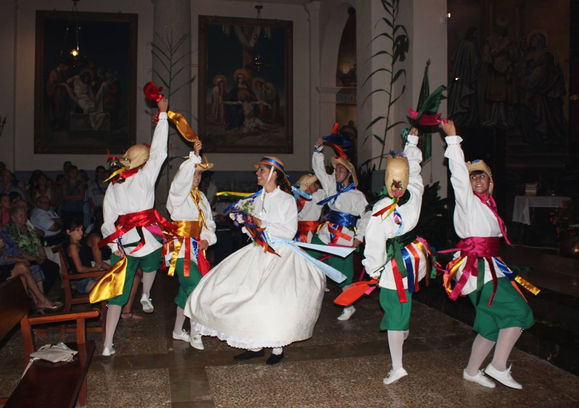 Cossiers de Son Sardina: cuatro décadas bailando en femenino
