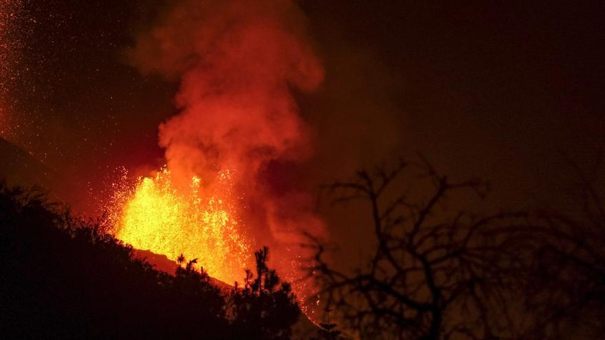 Directo | El Pevolca informa de la erupción del volcán de La Palma