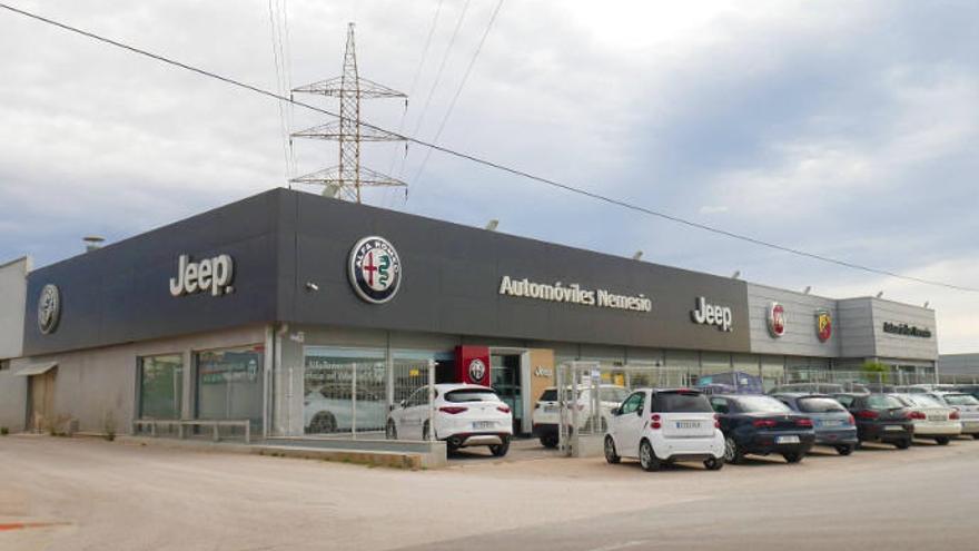 Automóviles Nemesio y Mopar sortean numerosos regalos entre sus clientes