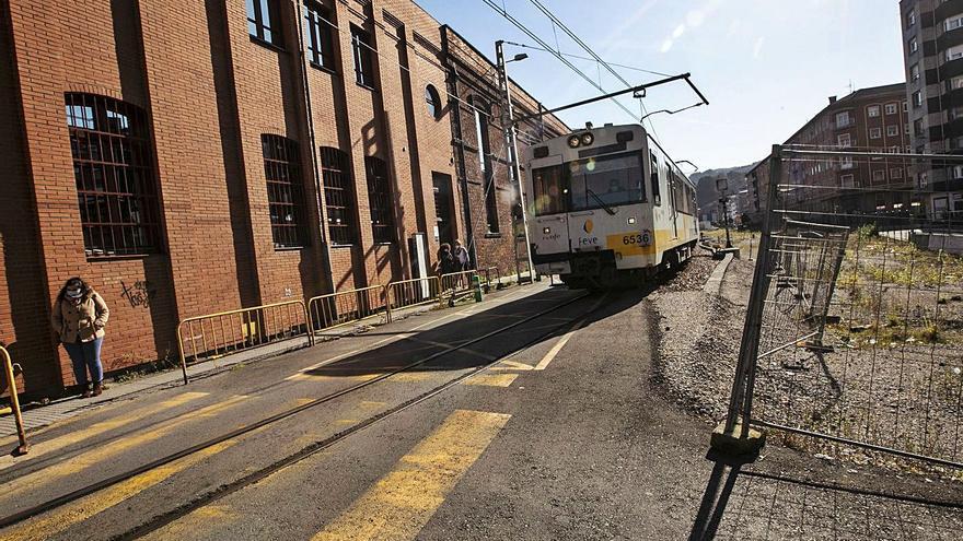 """El nuevo elemento que quieren poner a los trenes y puede ser """"la puntilla"""" a Feve en Asturias"""