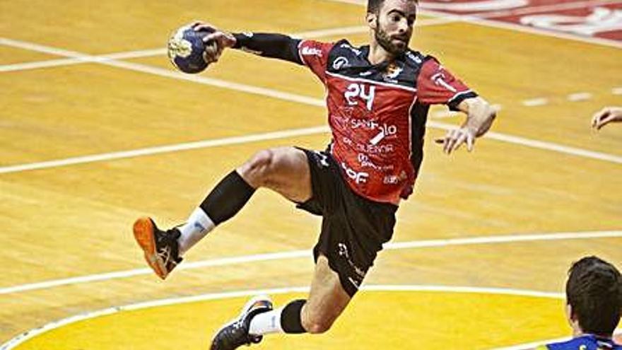 El HC Ibiza renueva a Tilves y ficha a Javier Rodríguez