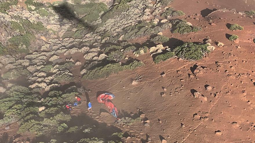 Uno de los parapentistas muertos en Tenerife era médico residente