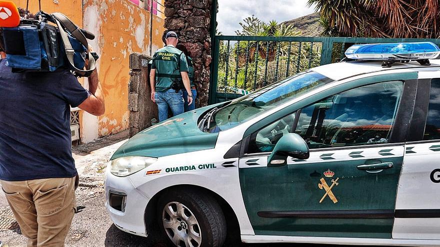 «La colaboración entre detectives y agentes es legal y aconsejable»