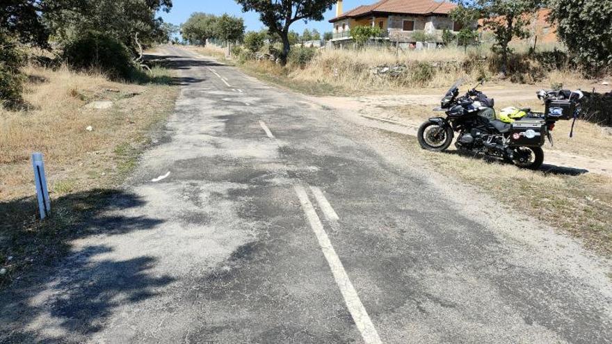 Un colectivo de motoristas denuncia a la Diputación de Zamora por el estado de dos carreteras