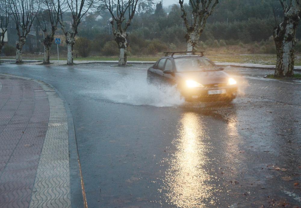 Carreteras anegadas en Pontevedra.