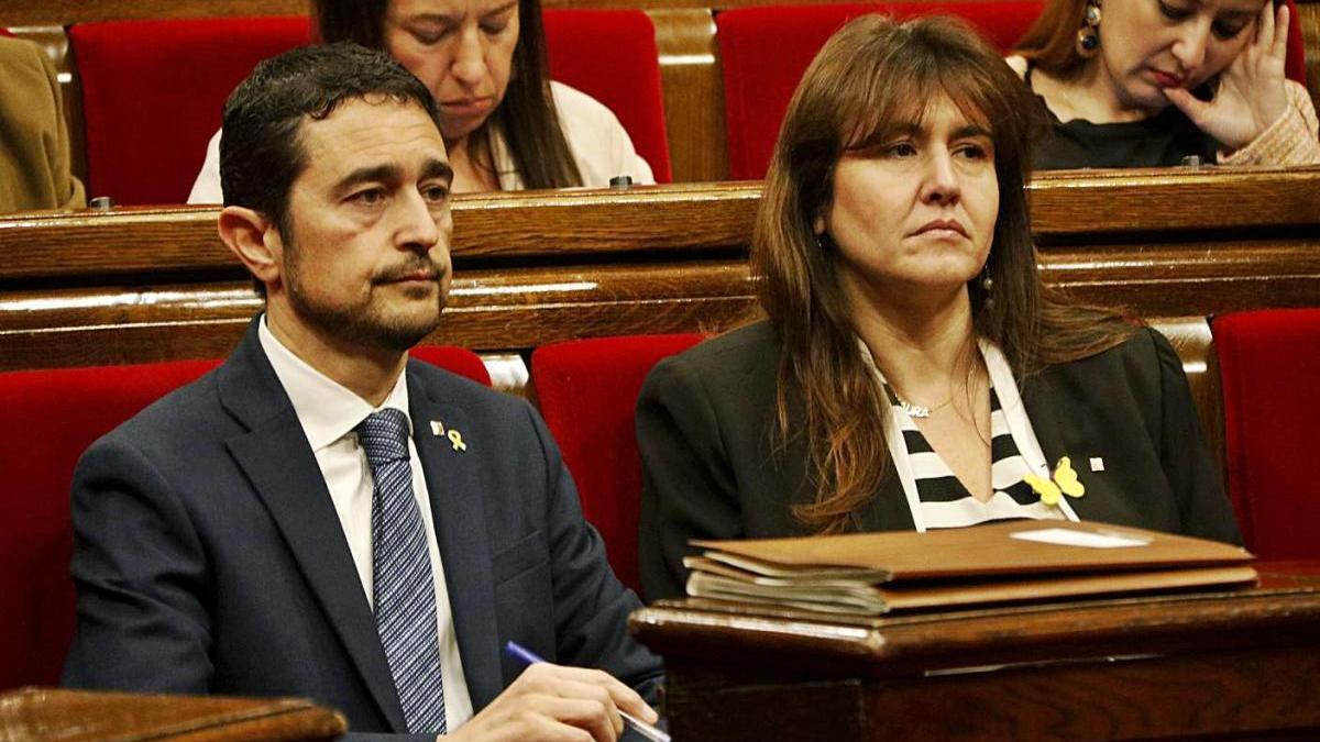 Damià Calvet i Laura Borràs en un ple del Parlament