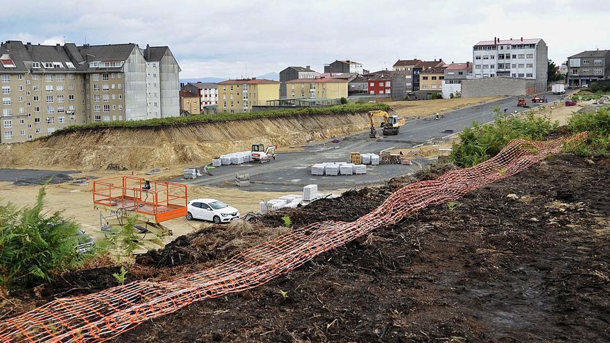 A Estrada deriva al IGVS a interesados en pisos protegidos para avalar su construcción