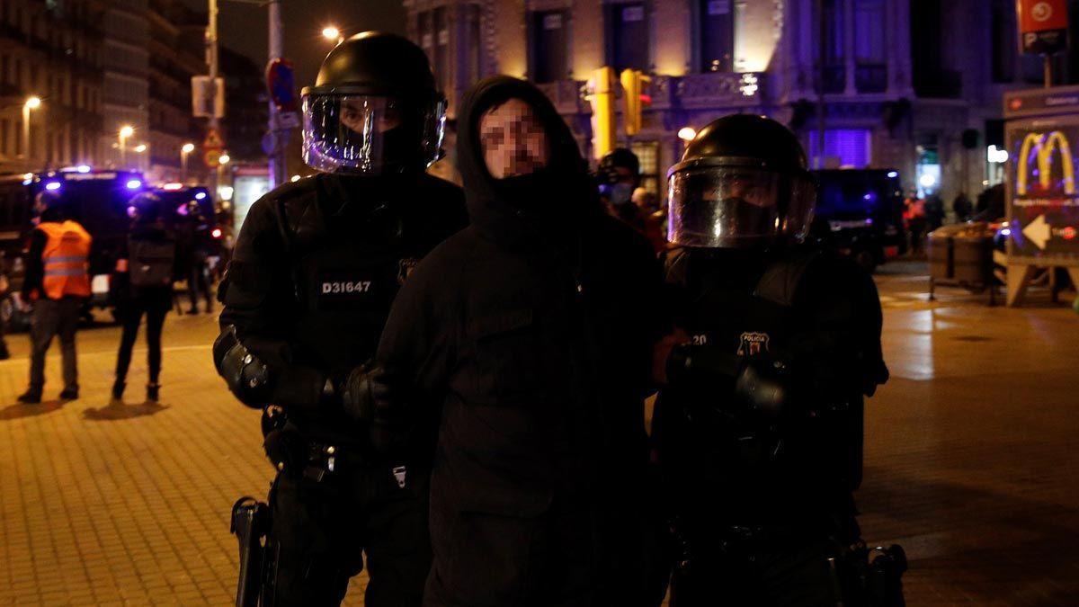 El Gobierno dice que ninguno de sus miembros ha apoyado los disturbios de Hasél