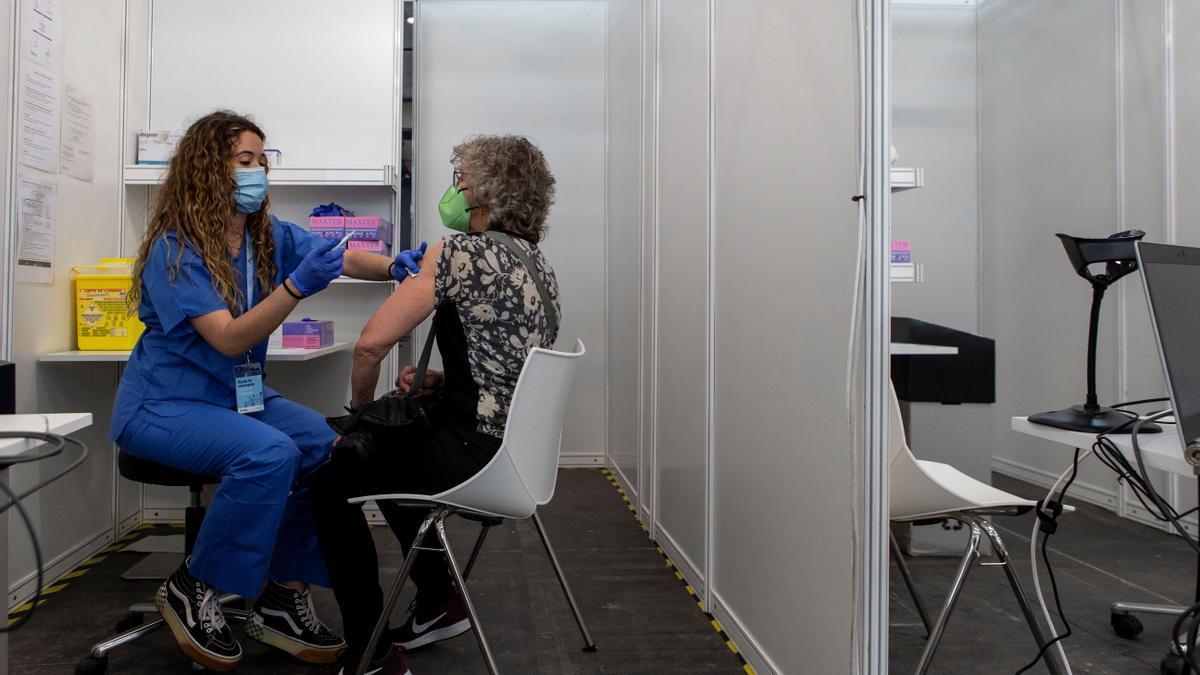 Continúa la vacunación en Cataluña