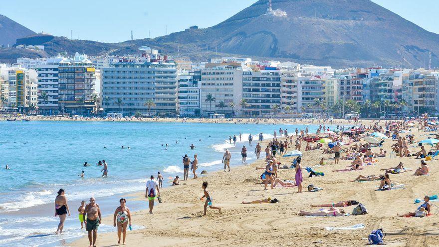 El Pleno del Ayuntamiento de Las Palmas de Gran Canaria aprueba de forma inicial el nuevo reglamento para las playas