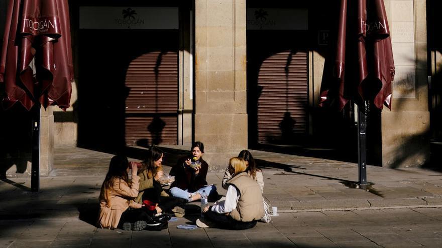 Cataluña comienza a aliviar las restricciones y el confinamiento será comarcal