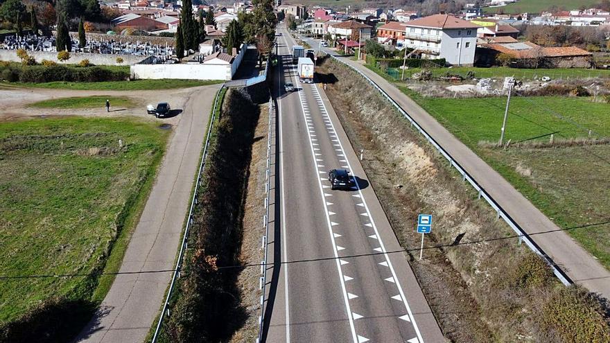 Fomento instala reductores de velocidad en la N-122 y los alistanos piden la autovía