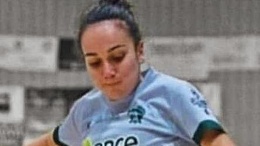 El Marín Futsal cierra la renovación de su capitana, Paula García