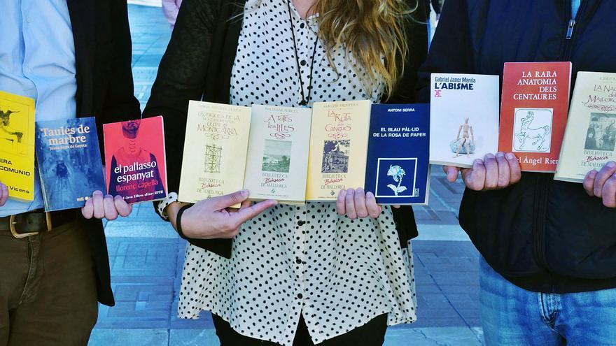 Portadas de algunos libros publicados por  los autores y autoras de la Generación del 70.