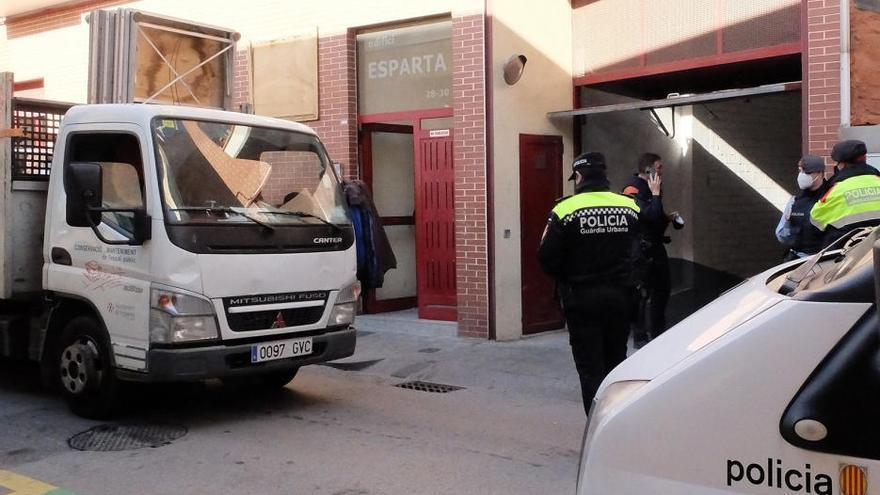 Operació policial antidroga en uns pisos de Figueres