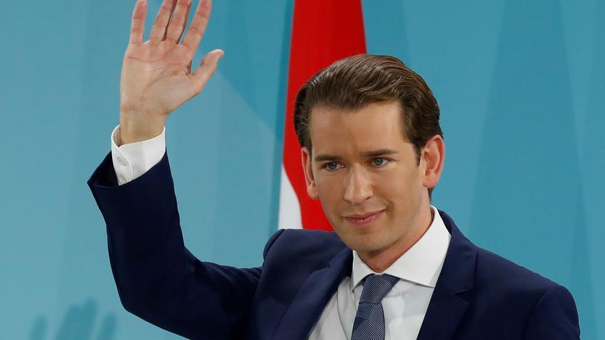 Dimiteix el canceller austríac enmig d'un escàndol per presumpta corrupció