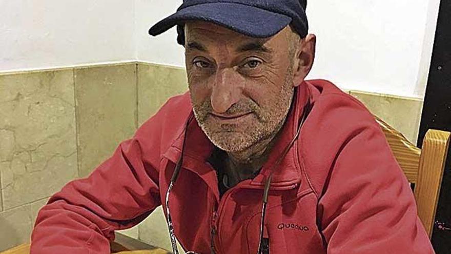 """Lluís Brunet: """"Cada dos horas hay que salir de la cisterna para renovar el aire"""""""